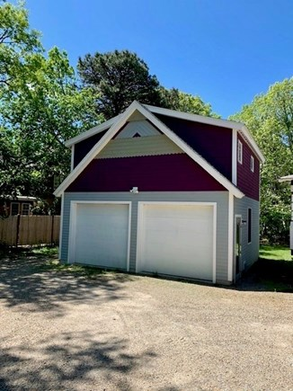 Oak Bluffs Martha's Vineyard vacation rental - Two car parking on the side of the garage