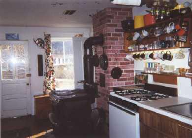 52 Church Avenue, Oak bluffs Martha's Vineyard vacation rental - Kitchen cooking area
