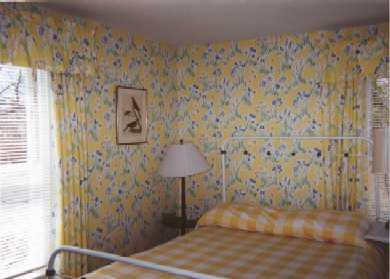 52 Church Avenue, Oak bluffs Martha's Vineyard vacation rental - The yellow room