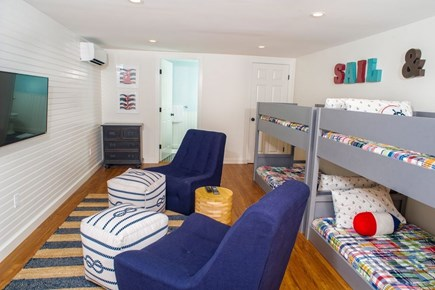 Edgartown Martha's Vineyard vacation rental - Basement bedroom with two bunk beds (sleeps 4).