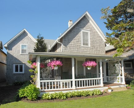 Oak Bluffs Martha's Vineyard vacation rental - Hathaway Cottage facing Spruce Ave.