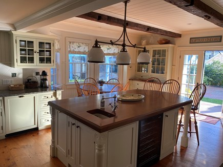 Edgartown Martha's Vineyard vacation rental - Kitchen Island