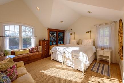 Chilmark - Quansoo Beach Martha's Vineyard vacation rental - 2 Twin Beds - 2nd Floor