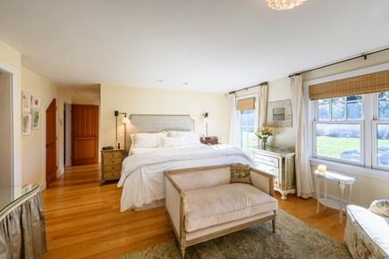 Chilmark - Quansoo Beach Martha's Vineyard vacation rental - King Bedroom with Ensuite Bathroom - 1st Floor
