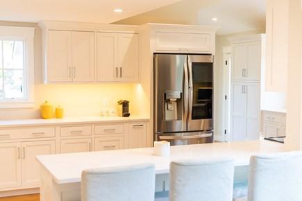 Katama - Edgartown Martha's Vineyard vacation rental - Gourmet Kitchen Breakfast Bar Seating