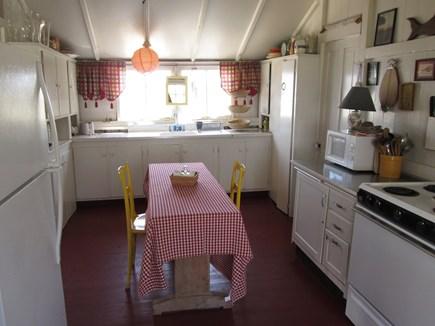 Chappaquiddick, Edgartown Martha's Vineyard vacation rental - Eat in Kitchen