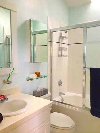 Vineyard Haven Martha's Vineyard vacation rental - Second Floor En Suite Full Bath (Second Floor)