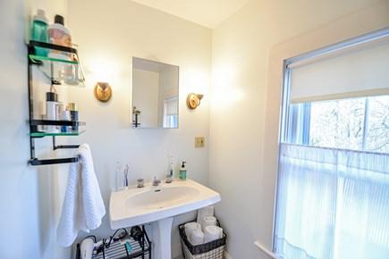 Oak Bluffs Martha's Vineyard vacation rental - Upstairs full bathroom