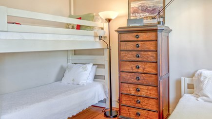 Edgartown Martha's Vineyard vacation rental - Bunk loft w 3 beds at top of stairs