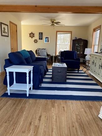 Aquinnah, Tashtego's Tree House Martha's Vineyard vacation rental - Sun filled living room with Pottery barn sofa bed