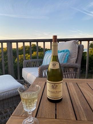 Aquinnah, Tashtego's Tree House Martha's Vineyard vacation rental - Happy hour on the deck!