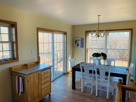 Aquinnah, Tashtego's Tree House Martha's Vineyard vacation rental - Dining room