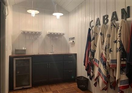 Oak Bluffs Martha's Vineyard vacation rental - Cabana wet bar