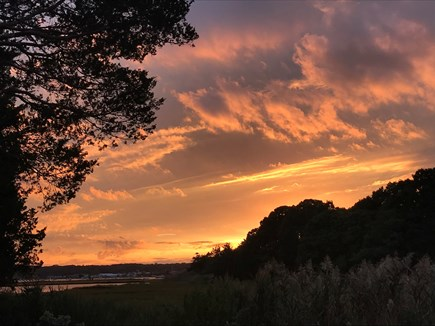 Oak Bluffs-Brush Pond/Eastvill Martha's Vineyard vacation rental - Enjoy the Summer Sunsets