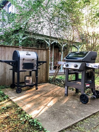 Oak Bluffs, East Chop Martha's Vineyard vacation rental - Grilling station - gas and charcoal