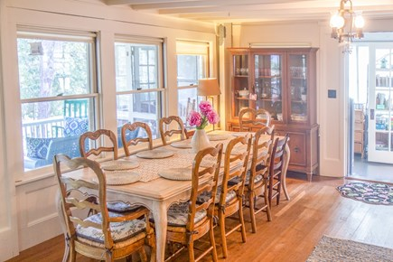Oak Bluffs, East Chop Martha's Vineyard vacation rental - Dining table seats 10.