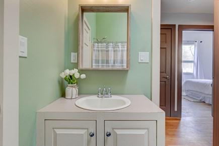 West Tisbury Martha's Vineyard vacation rental - Hallway Bathroom With Tub & Shower