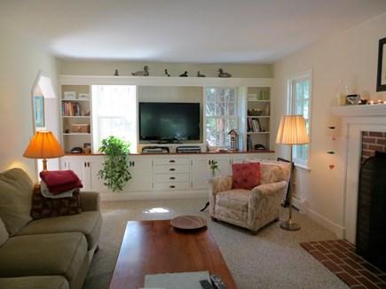 85 Martha's Rd. Edgartown Martha's Vineyard vacation rental - Living Room
