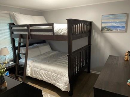 Katama-Edgartown Martha's Vineyard vacation rental - 1st Floor Bedroom with full size bunk beds