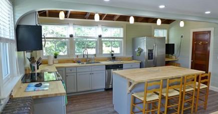 Oak Bluffs Martha's Vineyard vacation rental - Kitchen Center Island - Seats Four