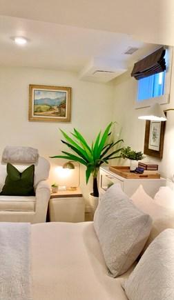 Oak Bluffs Martha's Vineyard vacation rental - King Primary Suite