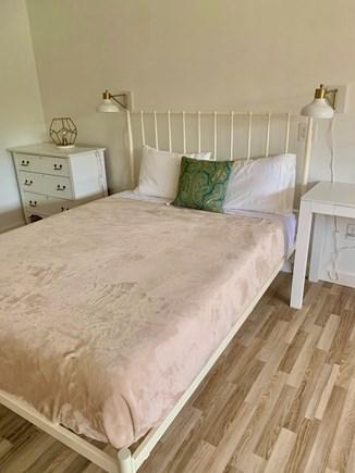 Oak Bluffs Martha's Vineyard vacation rental - Finished Garage Queen Bed