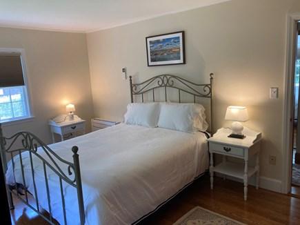 EDGARTOWN Historic District Martha's Vineyard vacation rental - Primary bedroom has queen bed.