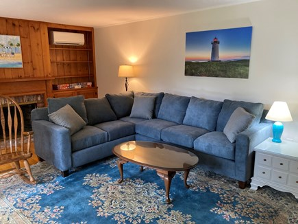 EDGARTOWN Historic District Martha's Vineyard vacation rental - Living room with sectional sofa.