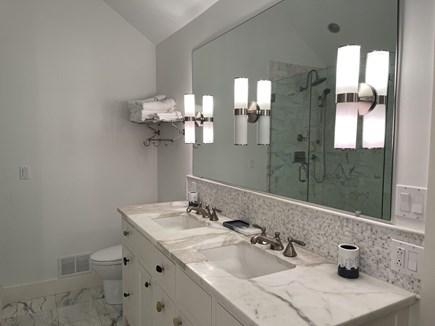 Oak Bluffs Martha's Vineyard vacation rental - 1st Floor Master Bathroom.