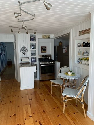 Oak Bluffs Martha's Vineyard vacation rental - Eating Area in Kitchen, the Perfect Place for Breakfast!