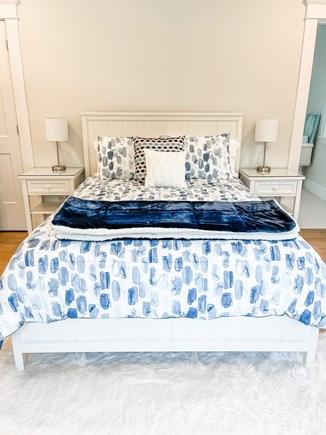 Edgartown Martha's Vineyard vacation rental - 2nd Floor Queen Bedroom Ensuite