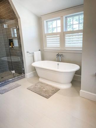Edgartown Martha's Vineyard vacation rental - 2nd Floor Queen Ensuite Bathroom