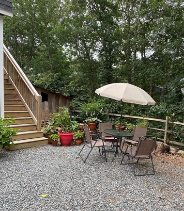 Edgartown Martha's Vineyard vacation rental - Entry to apartment and outdoor grill area