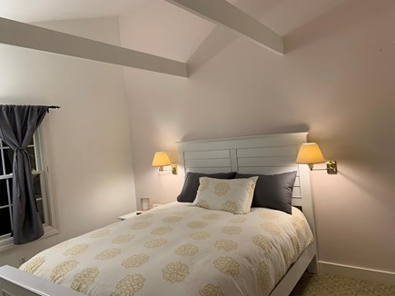 Oak Bluffs Martha's Vineyard vacation rental - Queen room with TV/cable, vaulted ceiling