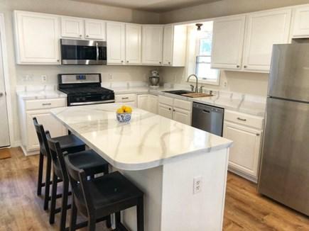 Oak Bluffs Martha's Vineyard vacation rental - Kitchen & Breakfast bar