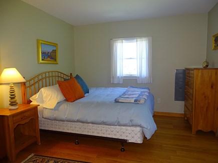 Chilmark Martha's Vineyard vacation rental - Queen bedroom