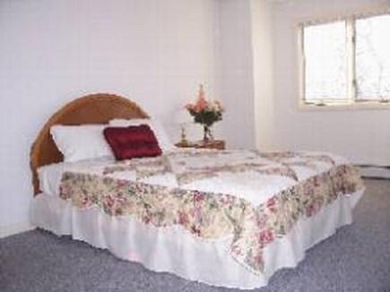 Edgartown   Martha's Vineyard vacation rental - Queen bedroom upstairs with shared bath