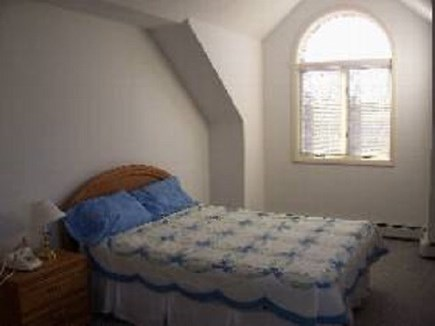 Edgartown  SALE JULY WEEKS $30 Martha's Vineyard vacation rental - Queen bedroom downstairs with attached bathroom