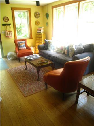 Chilmark Martha's Vineyard vacation rental - Sitting area in kitchen