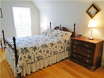 Edgartown Martha's Vineyard vacation rental - Full bedroom upstairs, hardwood floors