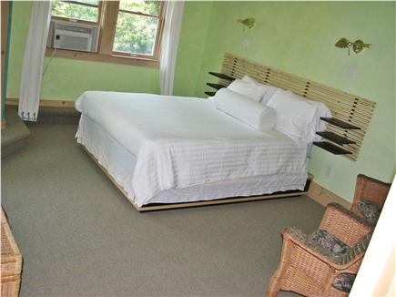 Vineyard Haven Martha's Vineyard vacation rental - Junior/queen bedroom