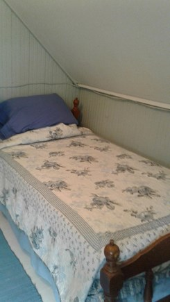 Oak Bluffs Martha's Vineyard vacation rental - 2nd floor bedroom with 2 twin beds