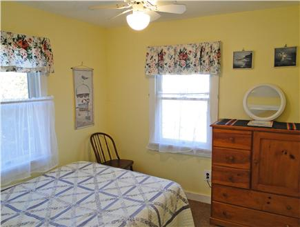 Edgartown Martha's Vineyard vacation rental - Yellow Bedroom, double bedroom