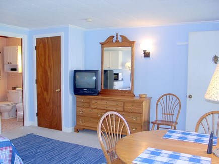 Vineyard Haven Martha's Vineyard vacation rental - Nicely furnishings, full bath with tub/shower
