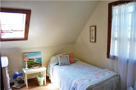 Oak Bluffs Martha's Vineyard vacation rental - Bedroom (2nd floor) with twin beds. Plenty of natural light.
