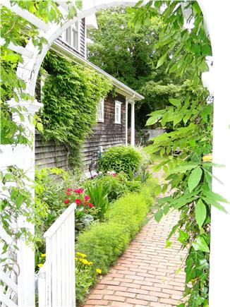 Edgartown Martha's Vineyard vacation rental - Welcome entrance to backyard