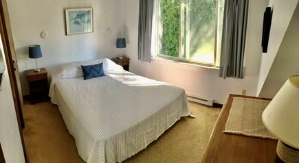 Katama - Edgartown, Edgartown Martha's Vineyard vacation rental - Bedroom #4 (Queen) - Suite with living room, full bathroom