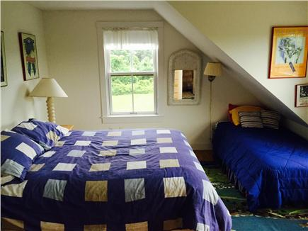 Edgartown Martha's Vineyard vacation rental - Upstairs Queen and Twin facing south