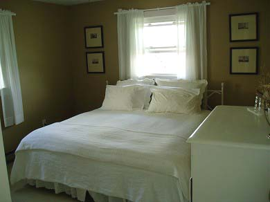 Oak Bluffs Martha's Vineyard vacation rental - ...Twins converted to king.  Room has harbor views