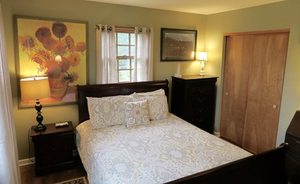 Oak Bluffs Martha's Vineyard vacation rental - Downstairs Bedroom with Trundle Bed under the Queen Bed